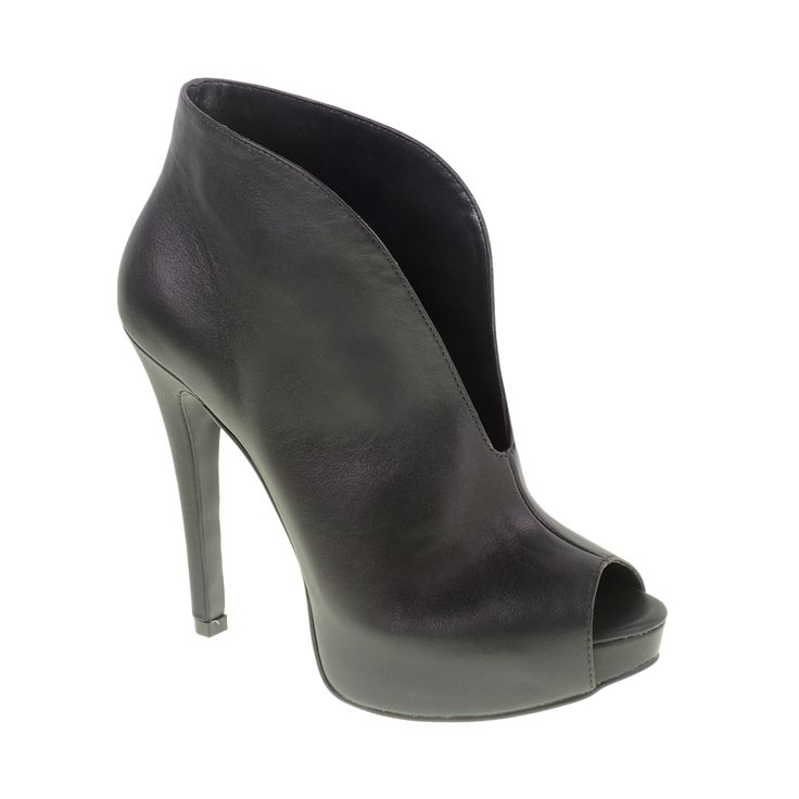These with a bodycon skirt and oversized top or your fave LBD. #chineselaundry #NewArrival #fall2014