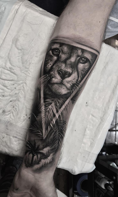 First Tattoo Cheetah done by Kade Mack @ Little Tokyo Sydney