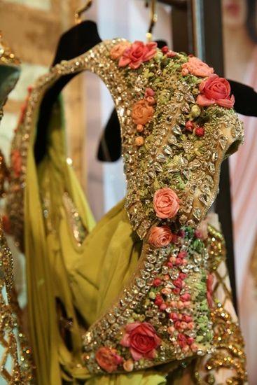 Jaising transforms your traditional bridal outfit into a celestial garden.
