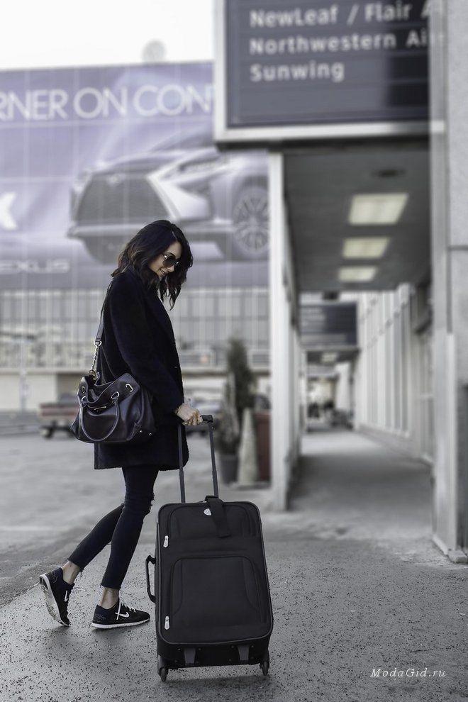 Эмбер Виктория – основательница модного блога Love Amber Victoria выходит этой зимой замуж. Страсти с парнем Кевином улеглись, так что пара активно начинает поиски места для торжества. И как показалось молодым, лучше, чем Лондон им не найти. На фоне столичных улочек викторианской Англии мы посмотрим зимние модные образы канадской красавицы.