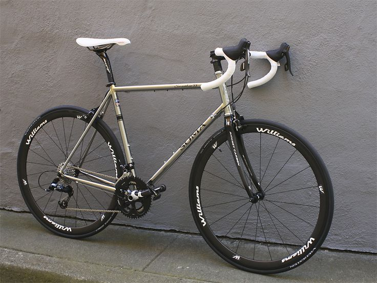 designer and maker of steel bicycle frames also has a line of parts and accessories for urban cycling soma smoothie ss