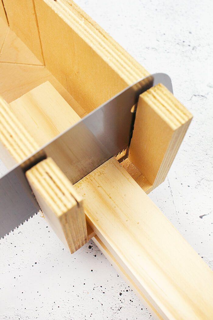 Do it yourself: Regal für die Küche aus Holz und Klebefolie ...