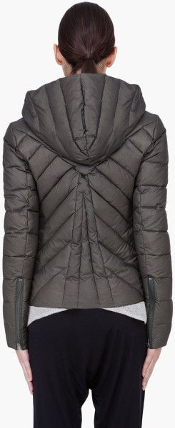 Helmut  Hooded Puffer Jacket in Green (olive)
