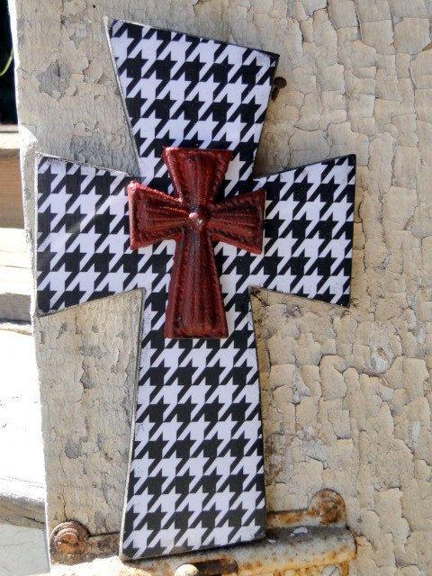 Houndstooth Wooden Cross