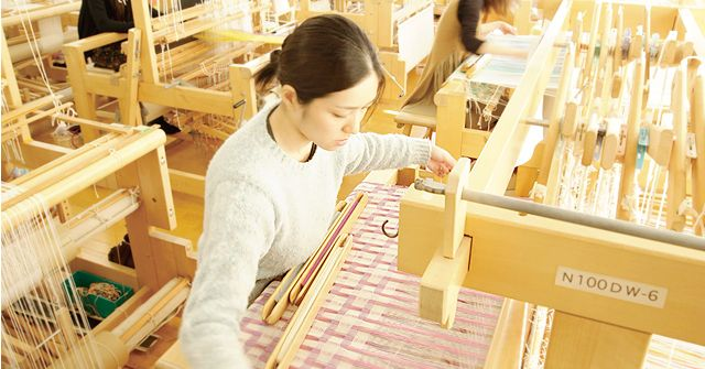 生産デザイン学科テキスタイルデザイン専攻 Department of Product and Textile Design, Textile Design Course