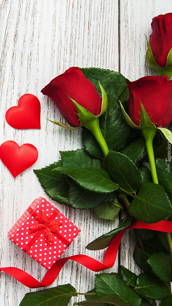 Tapeta Na Telefon Roze Z Serduszkami I Prezentem Dodana Do Kategorii Walentynki Roza Kom Beautiful Flowers Photography Flower Wallpaper Wallpaper Iphone Love