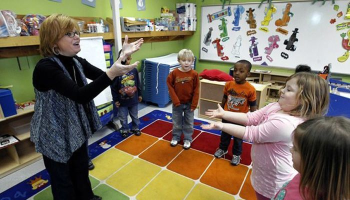 Teachers complain Common Core-linked lessons little more than scripts to read