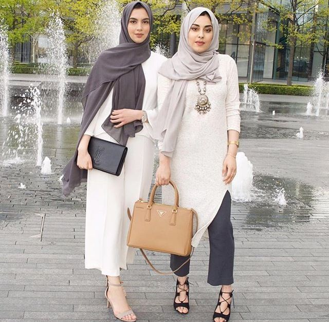 Dark grey and ivory combination - check out: Esma <3