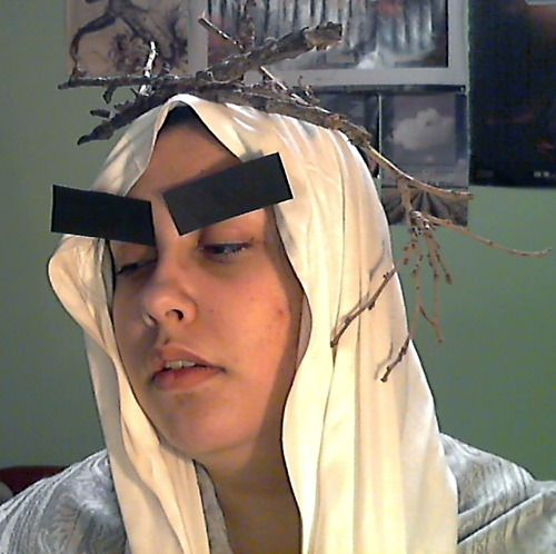 """I've never seen such a beautiful Thranduil cosplay. Just...wow."" --- My absolute favorite thing on the Internet.  <-------- THE EYEBROWS THOUGH!!! hahahahahaha"
