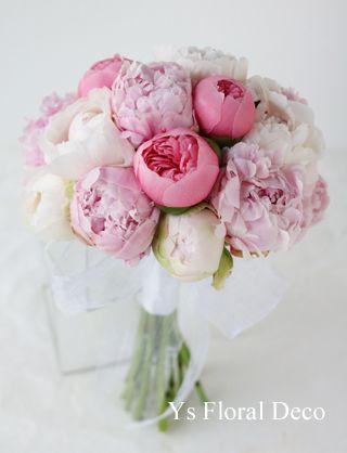 ボリューミーな芍薬のクラッチブーケ @ヒルトン台場 ys floral deco