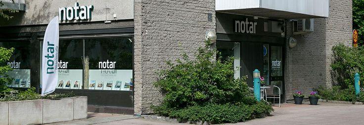 Välkommen till din Notar Mäklare i Täby!  Täby utvecklas i hög takt och det byggs regelbundet ut med nya bostäder. Läget nära centrala Stockholm och Arlanda gör Täby till ett mycket attraktivt bostadsområde! Ska du köpa eller sälja en bostad i Täby har du kommit helt rätt.