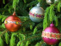Die besten 25 weihnachtskugeln basteln ideen auf - Weihnachtskugeln selbst gestalten ...