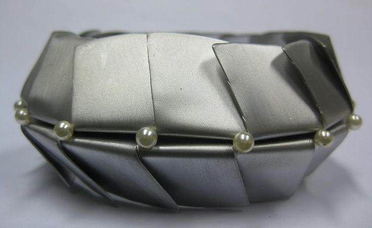 Franca Bonazza, Ufo bracelet
