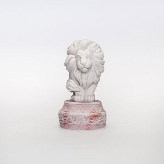 "The figurine Zodiac sign ""Leo the Lion""  Russian Handmade Souvenir on Etsy, 26,99$"