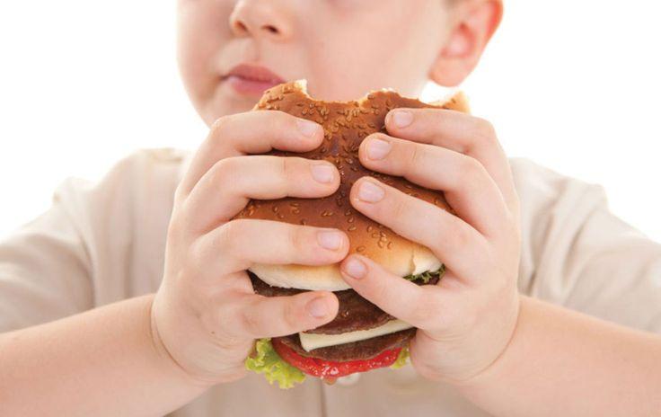 💡 Μελέτες έχουν δείξει πως παιδιά με παχύσαρκους και τους δύο γονείς έχουν 80% πιθανότητα να είναι παχύσαρκα, όταν ο ένας γονιός μόνο είναι παχύσαρκος 40% και μόνο 8% όταν κανένας από τους γονείς δεν είναι παχύσαρκος. Περισσότερα ➥ http://www.babyzone.gr/%CF%80%CE%B1%CE%B9%CE%B4%CE%AF/%CF%80%CE%B1%CE%B9%CE%B4%CE%B9%CE%BA%CE%AE-%CE%B5%CF%86%CE%B7%CE%B2%CE%B9%CE%BA%CE%AE-%CF%80%CE%B1%CF%87%CF%85%CF%83%CE%B1%CF%81%CE%BA%CE%AF%CE%B1-%CF%80%CE%BF%CF%8D-%CE%B2%CF%81%CE%B9%CF%83%CE%BA%CF%8C%CE%BC%
