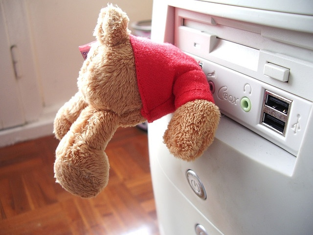 He really wanted to be a nanny-cam when he grew up. Sadly, Teddy became a USB stick instead.