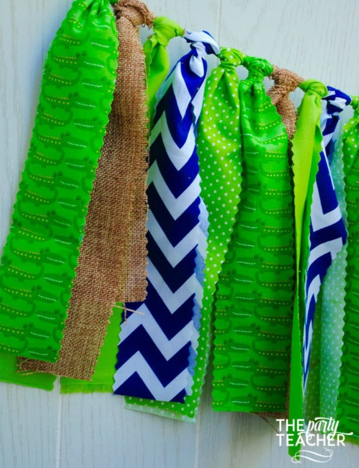 This alligator party bunting brings rustic zig-zag fun to your party. The alligators accented with burlap and navy chevron will brighten up your party table or backdrop. Coordinates with any alligator                                                                                                                                                     More