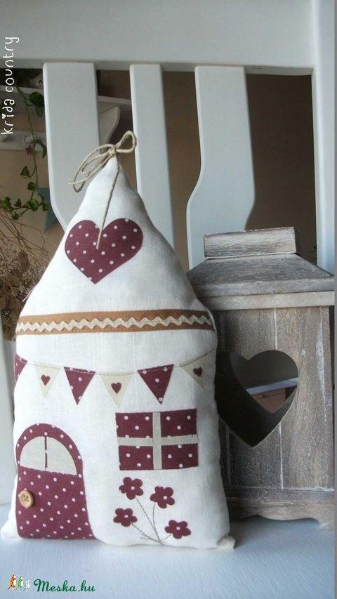 Meska - Édes otthon - vidéki romantika házikó (nagy) kridacountry kézművestől