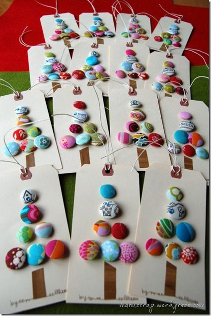DIY crafts   Christmas button tags