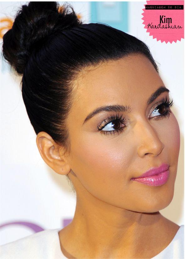Kim Kardashian Pretty in Pink :-)