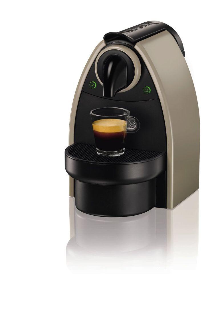 Y con 20 euros de regalo en cápsulas!!! Precio recomendado: EUR 99,99 Precio: EUR 49,00 Envío Premium gratis cuando esté disponible Ahorras: EUR 50,99 (51%) Nespresso Essenza Automatic Earth XN2140...