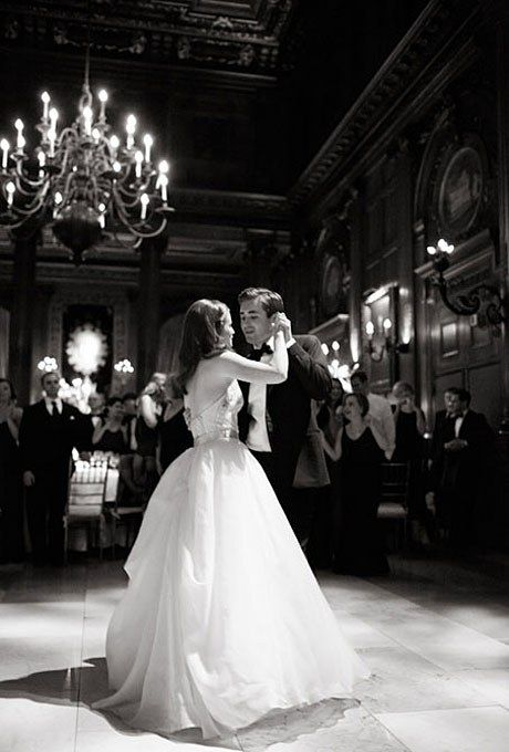 Perfect First Dance Songs For Any Wedding