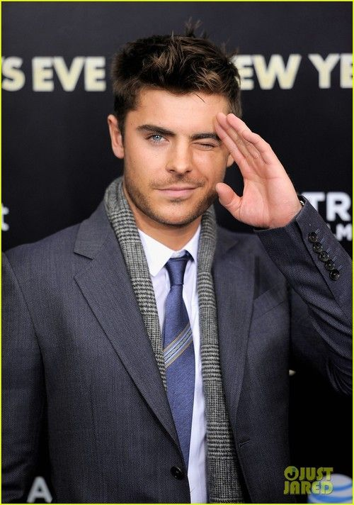 Zac Efron; marry me?!<3