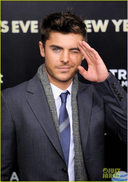 Zac Efron; marry me?!<3