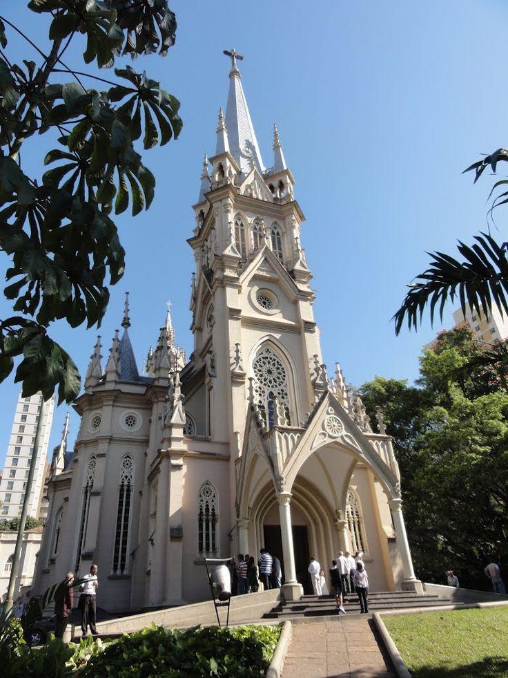 Catedral Nossa Senhora da Boa Viagem junto Praça Boa Viagem - Belo Horizonte - Minas Gerais - Brasil