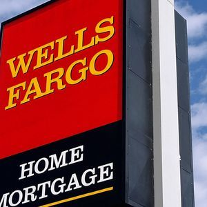 As Wells Fargo is Accused of Fabricating Foreclosure Papers, Will Banks Keep Escaping Prosecution? | Democracy Now!