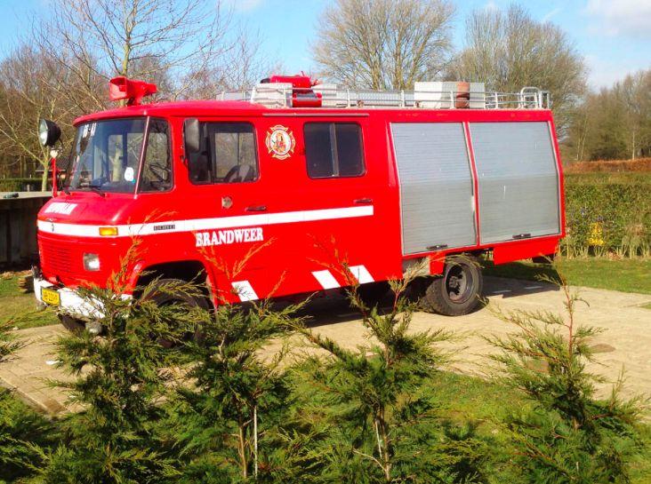 Origineel overnachten in een Brandweerauto, Camping Dromenland, Braamt (Gelderland)