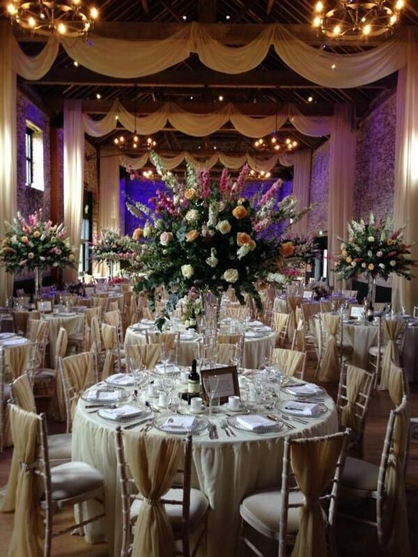 A truly stunning reception!  Designed by Elizabeth Hall Event Design