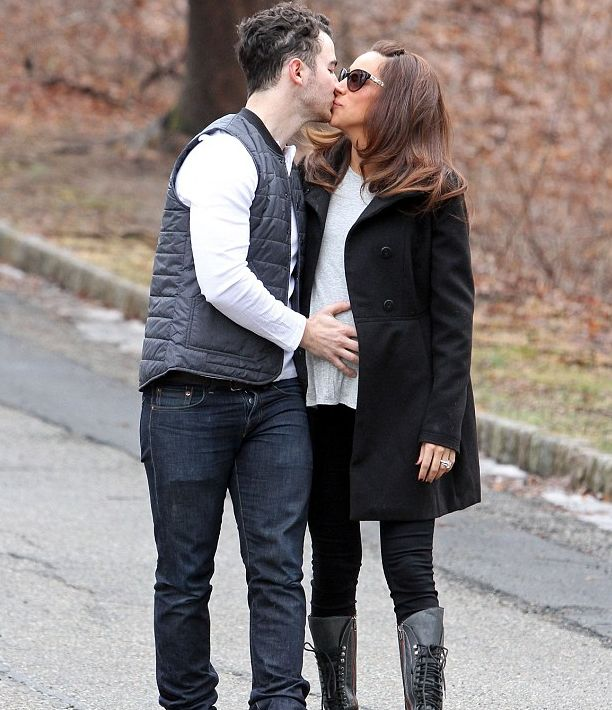 #KevinJonas and Danielle Jonas announced this is no drill