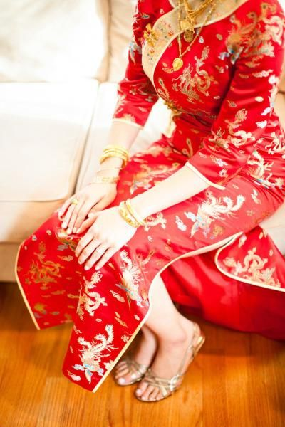 Gold #bridal jewelry.