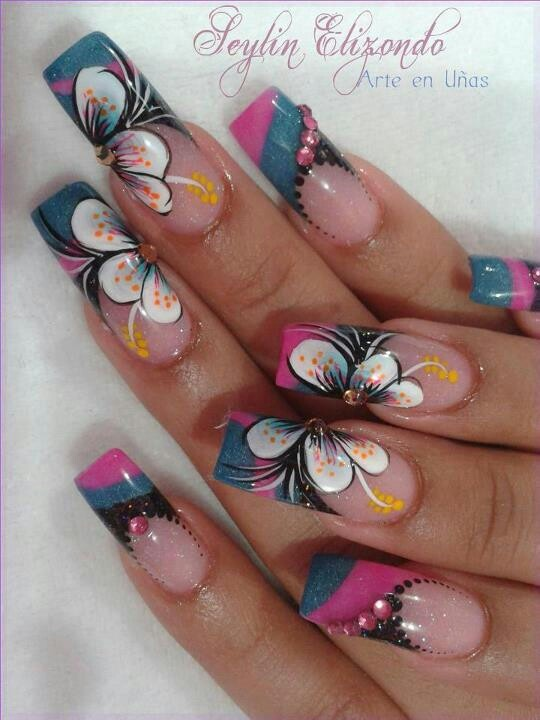 Manicure nails | flower nail art design ideas for summer