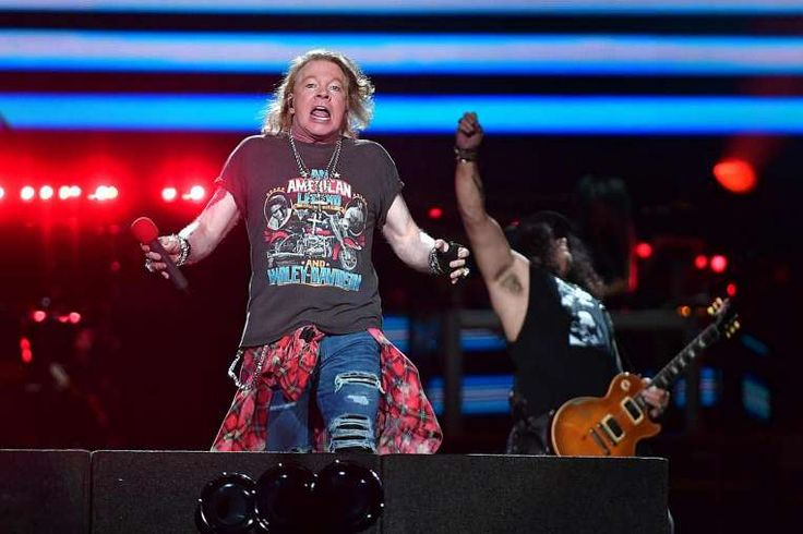 Guns N' Roses fans up in arms over poor organisation of band's first concert in Singapore, Singapore News & Top Stories - The Straits Times