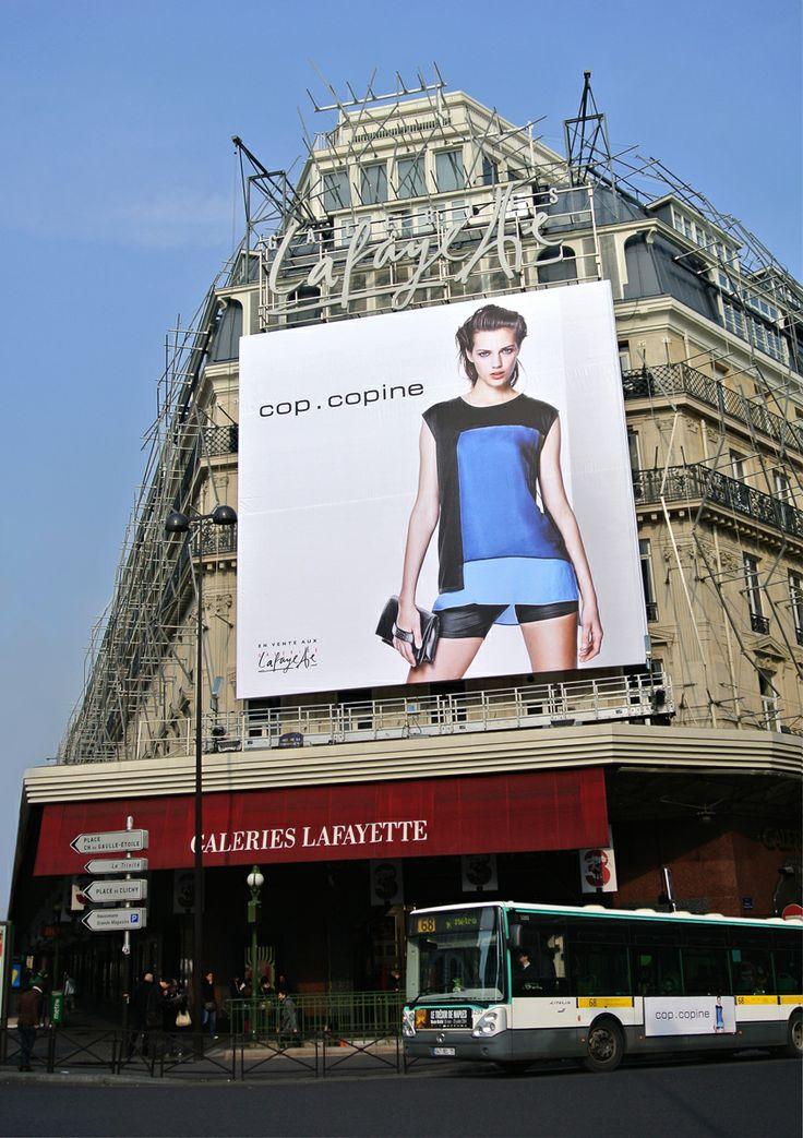 reklama najnowszej kolekcji Cop. Copine na wiosnę 2014 na Galerie Lafayette Haussmann w Paryżu