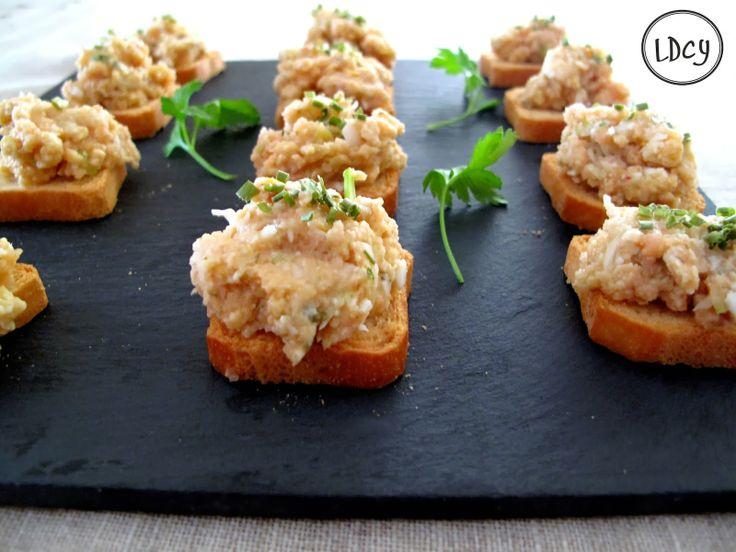 Los domingos cocino yo tartar de salm n cebolleta huevo for Canape quiche recipe