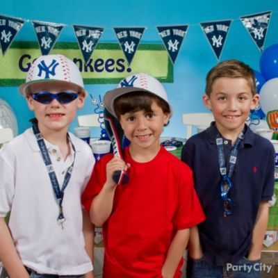 Kids Baseball Party Ideas Gallery - Party City... Obviously not the Yankees lol go Rangers!