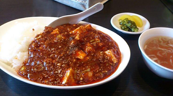 萬福飯店、四川麻婆豆腐丼。辛さで汗がとまらなかった