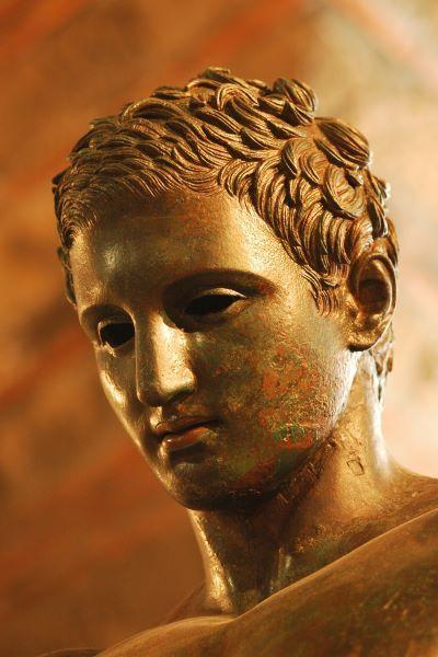 The fantastic ancient Greek sculpture of Apoxiomen ( Croatian Apoxiomenos ) , IV B.C. , from Mali Losinj, Croatia / detail / Apoxyomenos head #croatian #apoxiomenos