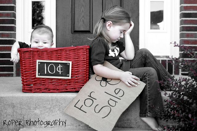 fun sibling photo: Sibling Photos, Photo Ideas, Sibling Pic, Baby, Photo On, Family Photo, Pic Ideas, Photography Ideas, Picture Ideas