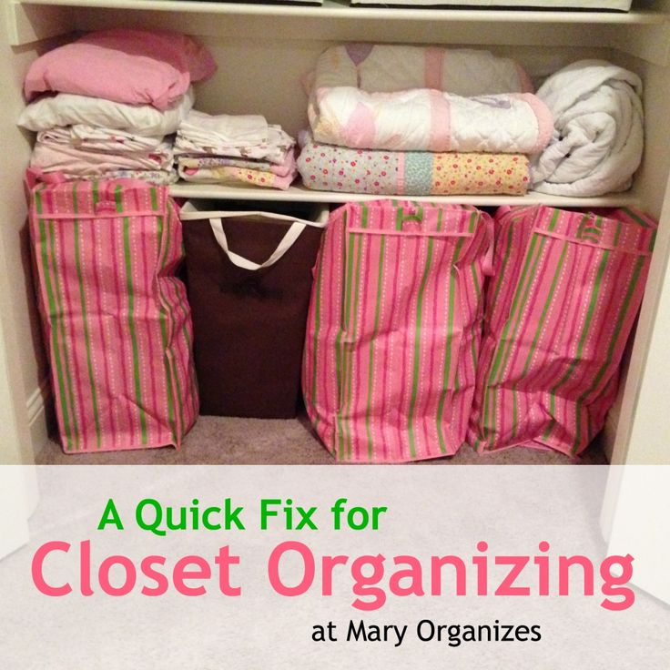 Quick Fix: Closet Organizing for Blanket \u0026 Pillow Storage & 21 best Organize Your Life! images on Pinterest | Home Storage ... pillowsntoast.com