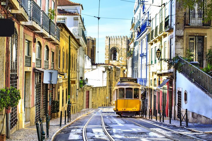 How to Spend the Perfect Day in Lisbon