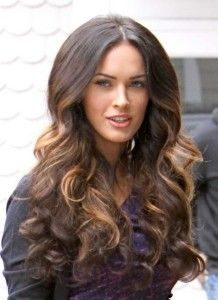 Megan Fox Hairstyle Oyuculug started modeling at the age of 13 and after the descendants of the five American actress Megan Fox will examine the hair style today. Dear friends, the very curious subject of Megan Fox Megan Fox's hair color hair color … black is not as thought .
