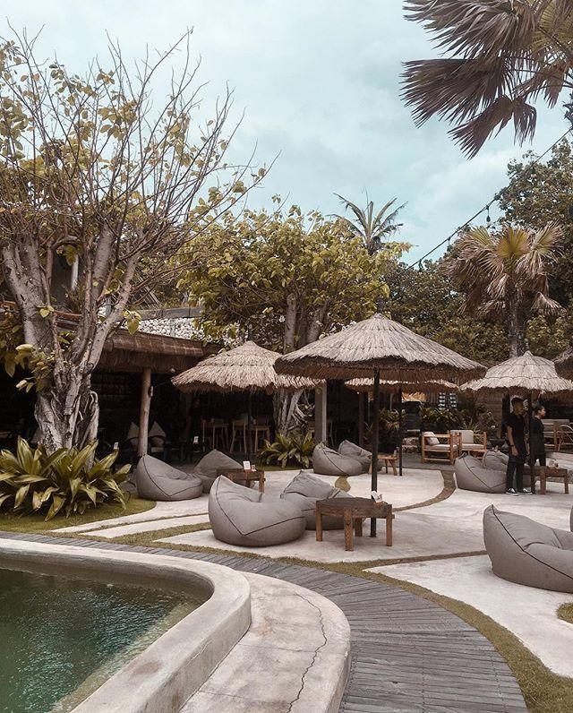 Rekomendasi Tempat Objek Wisata Beach Club Bali Mano Beach