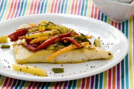 Πέρκα στο φούρνο με λαχανικά - Συνταγές | γαστρονόμος