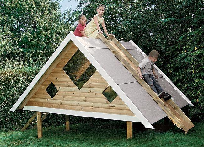 Questa casetta per bambini fai da te è robusta, per il divertimento dei più piccoli nella bella stagione, può diventare una camera per gli ospiti