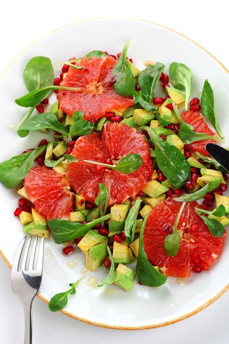 Sallad med grape, avokado och granatäpple