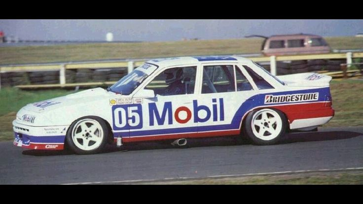 Peter Brock VL Commodore